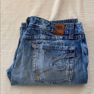 Buckle BKE denim capris size 32